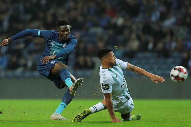 Loum estreou-se a marcar pelo F. C. Porto