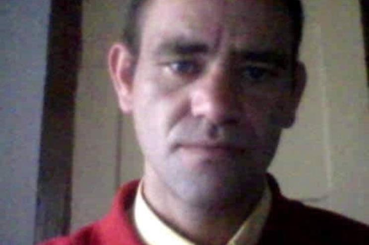 Carlos Ferreira, de 45 anos, foi morto à facada em Santos, São Paulo