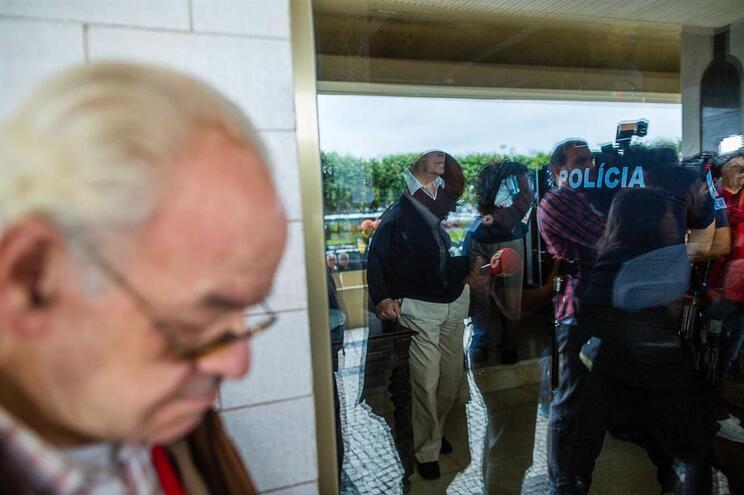VianaPolis está a forçar moradores do prédio Coutinho a sair