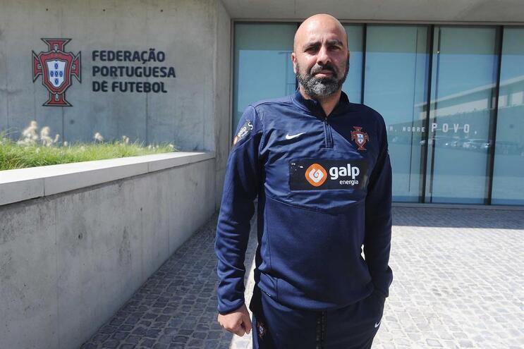 Emílio Peixe é o selecionador sub-17