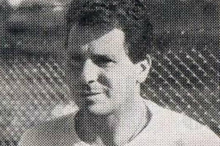 """Morreu Mendes, o """"pé canhão"""" que jogou no Benfica e Vitória de Guimarães"""