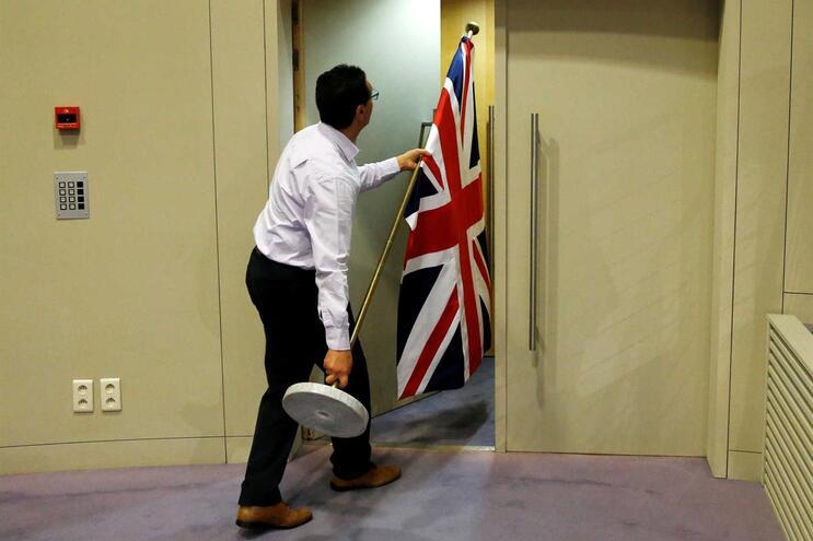 Londres quer manter cooperação nas áreas da economia e segurança