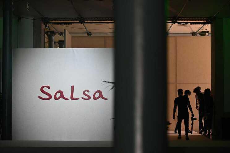 Sonae notifica Concorrência da compra da Salsa