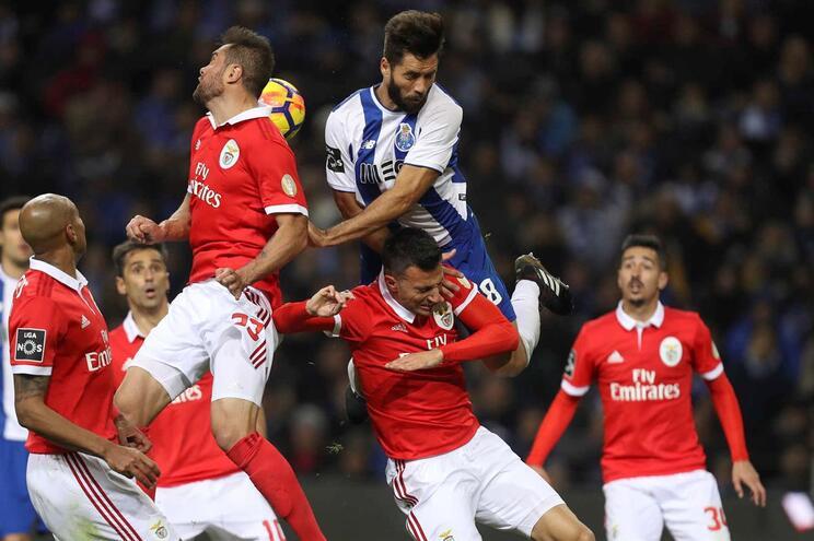 Resultado de imagem para Clássico Benfica – F. C. Porto já tem dia marcado
