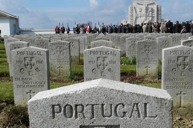 Cemitério de Richebourg, no norte de França