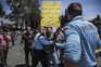 Feirantes manifestam-se pela falta de apoio económico devido à pandemia da covid-19, em Lisboa