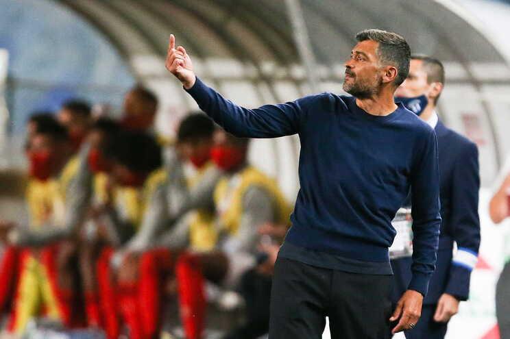 """Sérgio Conceição entra no lote de treinadores com """"dobradinhas"""""""
