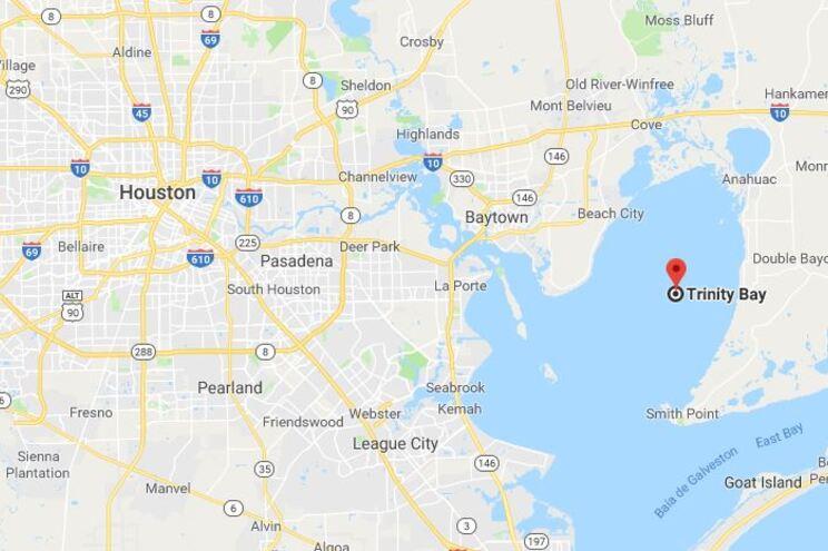 Avião de carga com três pessoas a bordo caiu nos EUA