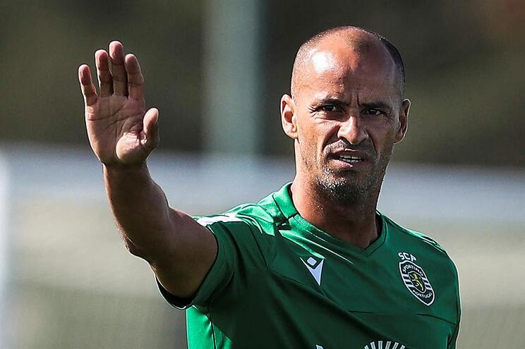 Silas, treinador do Sporting