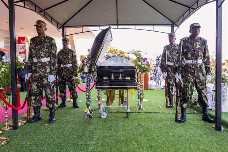 Líder da Renamo morreu na sequência de complicações de saúde