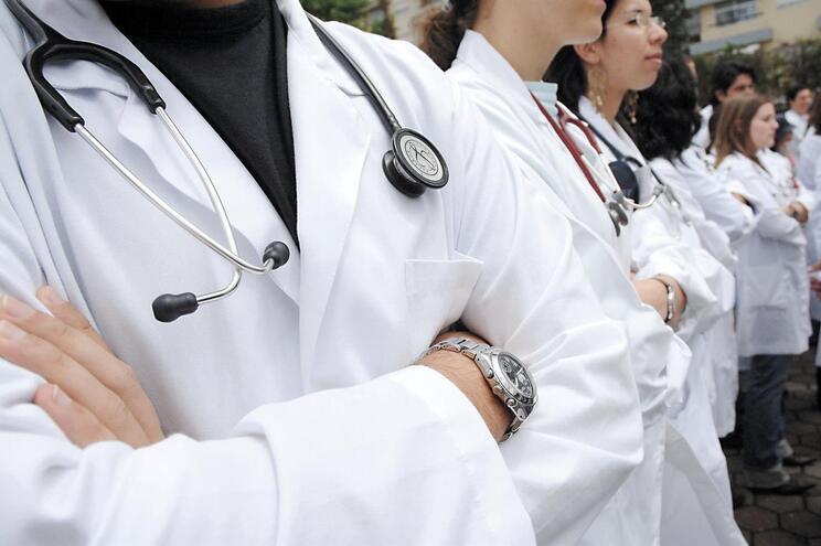 A prova de acesso à especialidade foi realizada por mais de 2500 jovens médicos