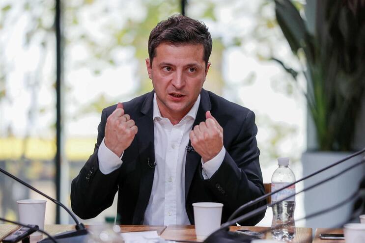 Presidente ucraniano apela a nacionalistas para evitar violência em marcha