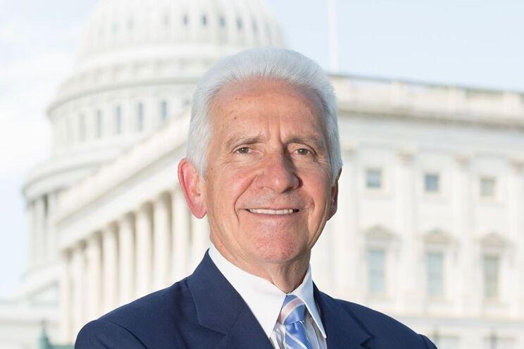 Congressista lusodescendente Jim Costa apelou ao Senado que siga o voto da Câmara dos Representantes