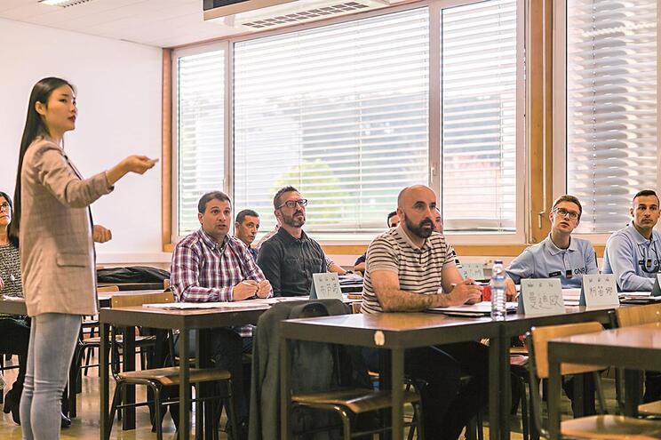 São 15 os militares da GNR de Matosinhos a frequentar aulas de mandarim na Universidade do Minho
