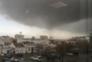 Imagens do pequeno tornado têm sido divulgadas nas redes sociais