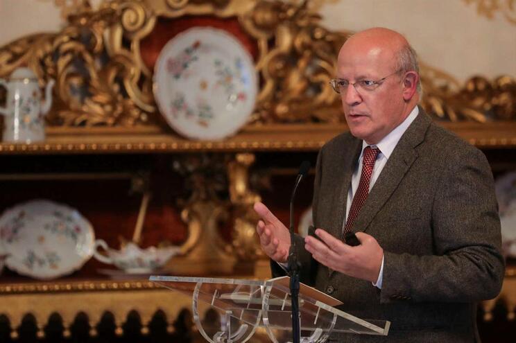 Portugal reconhece e apoia legitimidade de Guaidó