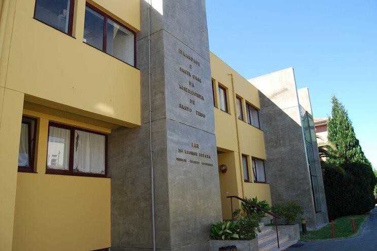 Há 47 utentes e funcionários infetados no Lar Dra. Leonor Beleza