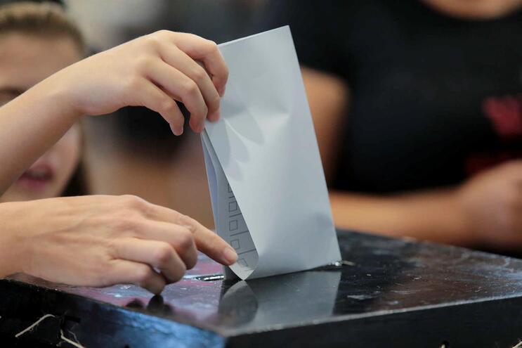 Partidos garantem 64 milhões de euros com noite eleitoral