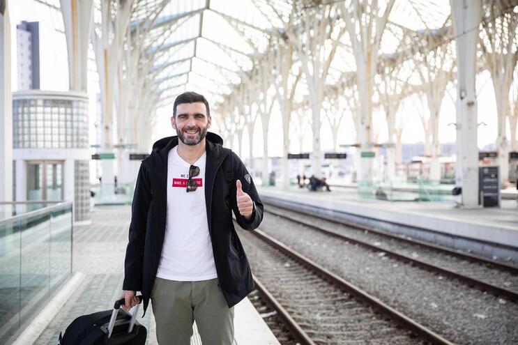Miguel Matos vai aguardar em Guimarães que a crise passe em Wuhan