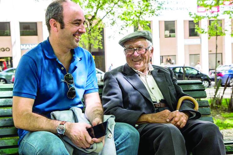 Protegem idosos dos perigos de Lisboa