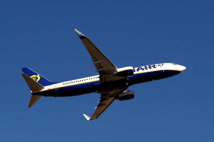 Dois aviões estiveram em risco de colidir a 10 quilómetros do solo
