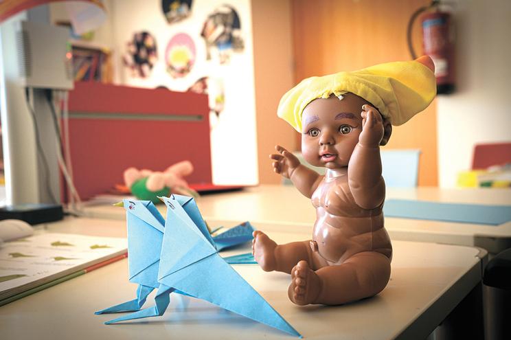 Nascimento de bebés com nomes portugueses é sinal de integração, considera a PAR