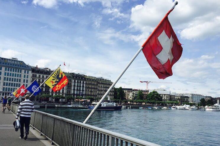 Quarentena obrigatória para entrar na Suíça. Portugal considerado país de risco