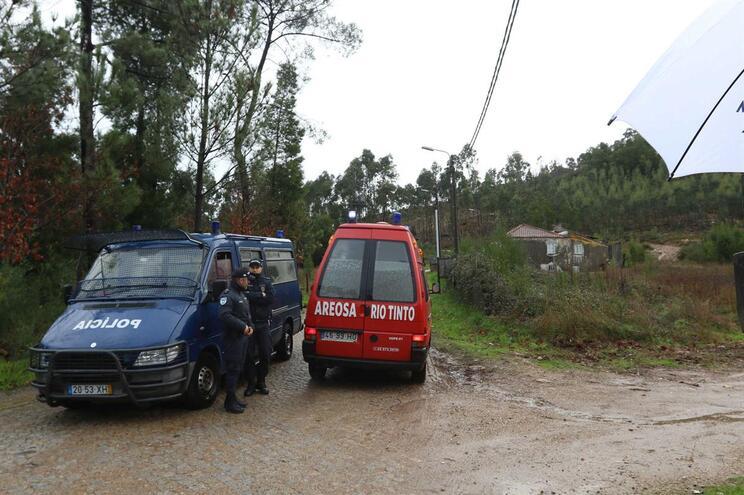 """Proteção Civil garante """"articulação perfeita"""" com bombeiros em Valongo"""