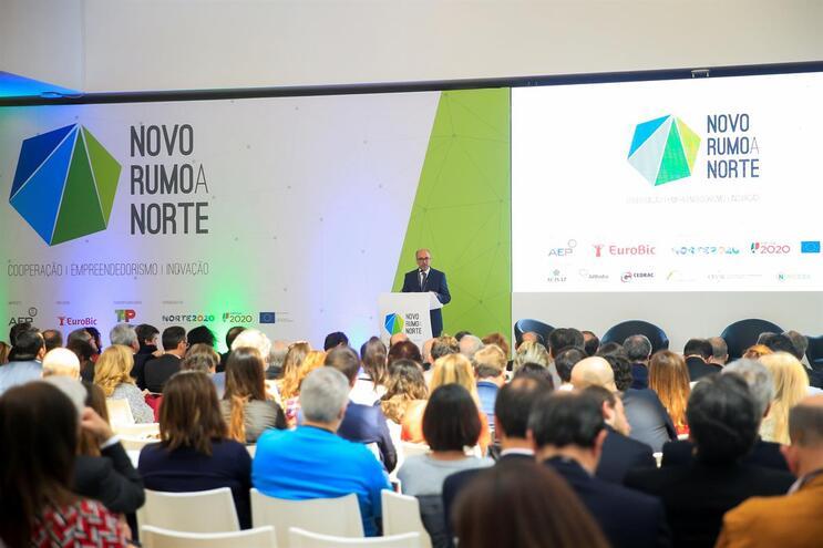 """Sessão de encerramento da conferência """"Encontro com um Novo Norte: cooperação, empreendedorismo e inovação"""""""