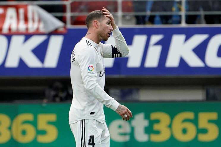 """Sergio Ramos nega acusações e considera este Real Madrid """"vulgar"""""""