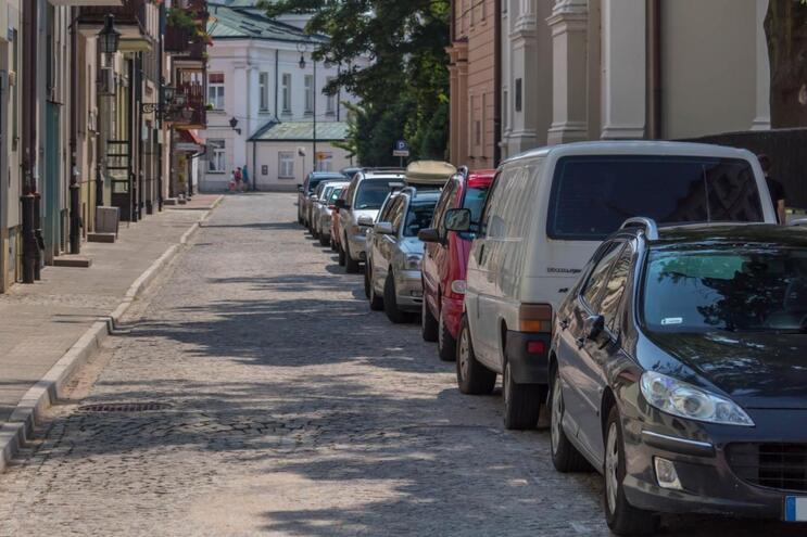 Erro de estacionamento comum dá multa até 150€