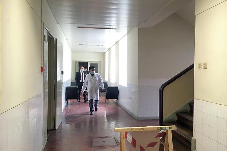Há ratos e serpentes na Psiquiatria do Hospital de Viseu