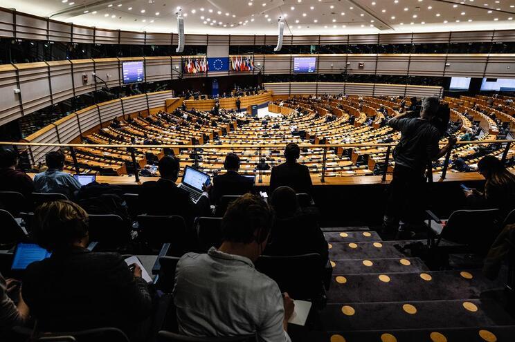 Os portugueses que trabalham nos bastidores do Parlamento Europeu