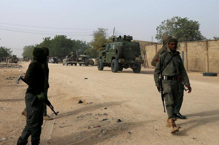 """Exército acusa algumas organizações humanitárias de """"ajudar e favorecer terroristas"""""""
