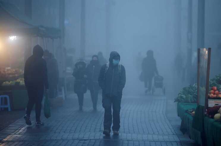 Desde o início da pandemia, o Reino Unido contabilizou oficialmente 58.030 mortes de covid-19 e 1.605172
