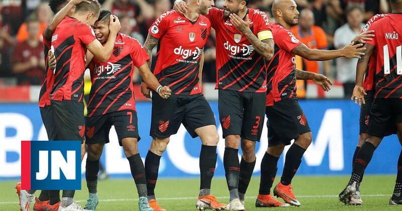 Atlético Paranaense bate River Plate na Supertarça sul-americana
