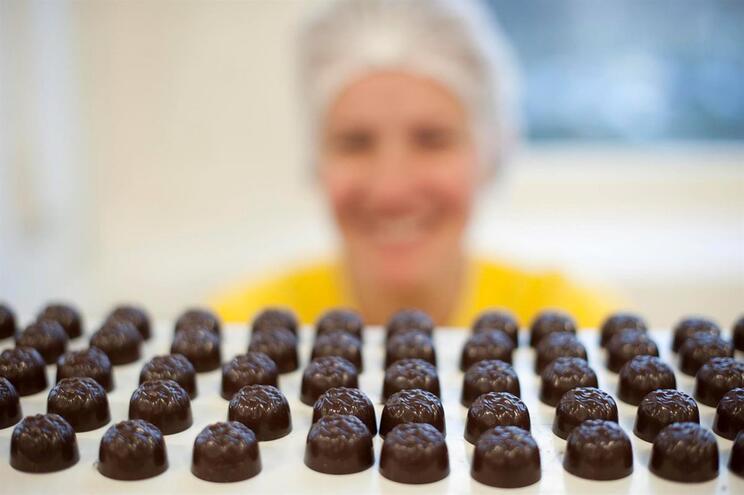 Gosta de chocolate e quer ser pago para o comer? Este trabalho é para si
