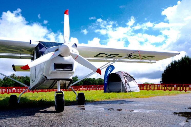 Acampar debaixo da asa de um avião: Está aí o Aero Camping 2019
