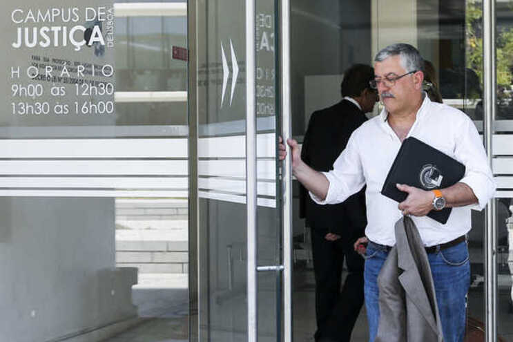 Gil Martins, ex-comandante nacional da Proteção Civil condenado pelo crime de peculato