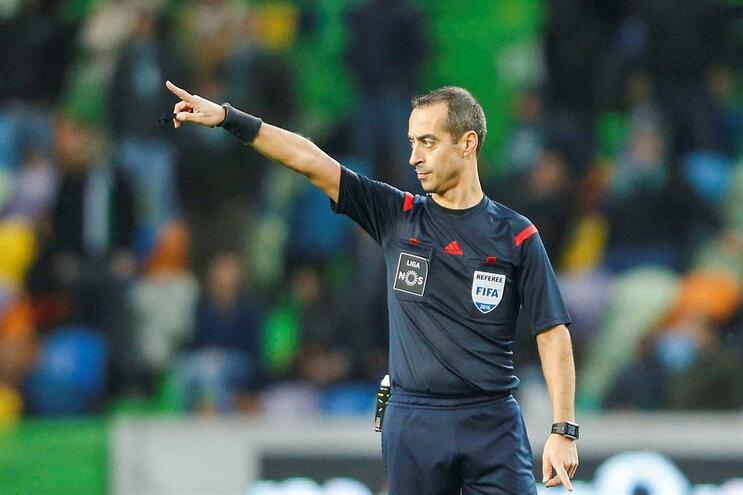 Jorge Sousa arbitra clássico entre Sporting e F. C. Porto