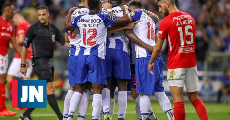 F. C. Porto-Santa Clara já teve três golos mas só o de Marega contou