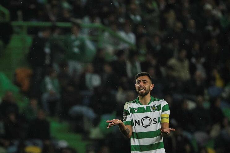 Bruno Fernandes à espera de seguir para Inglaterra