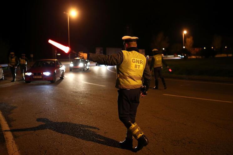 """Militares da GNR patrulham com carro da """"Escola Segura"""""""