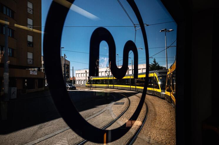 """Associações denunciam """"mutilações"""" ambientais na expansão do metro"""