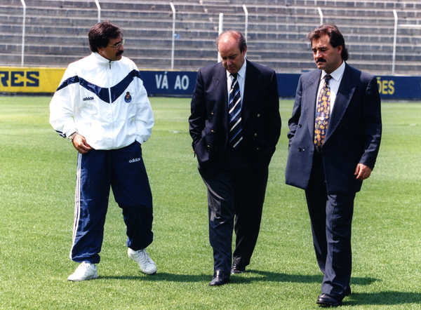 Reinaldo Teles with António Oliveira and Pinto da Costa, in the 1996/1997 season