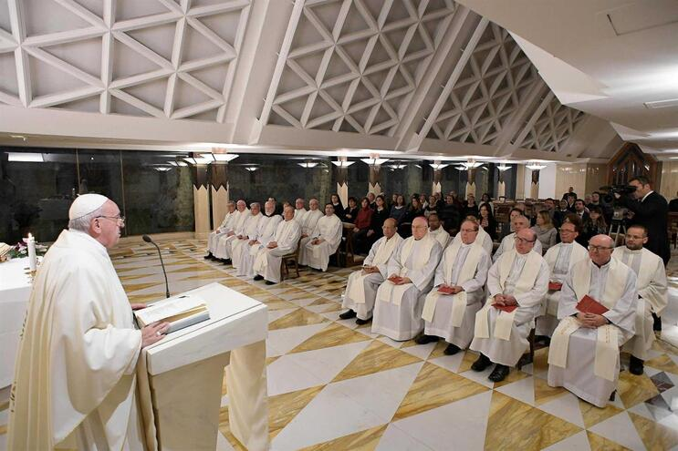 Papa Francisco impôs novas regras