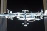Cápsula Crew Dragon chega à Estação Espacial Internacional