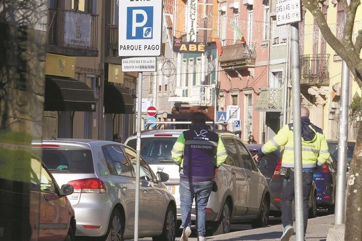 A Câmara Municipal de Valongo quer recuperar a gestão dos parquímetros