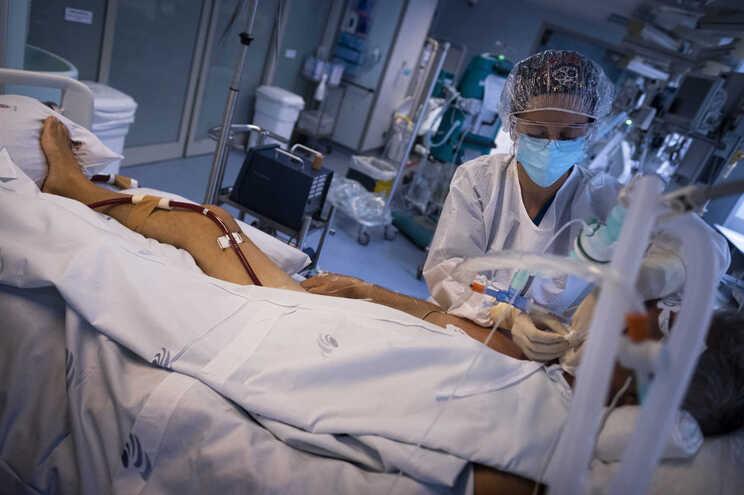 Equipamentos ECMO na Unidade de Cuidados Intensivos do Hospital de S. João, no Porto