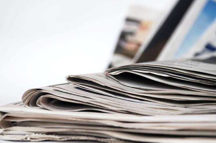 """Livros estão """"novamente em crescimento"""", mas jornais em queda"""
